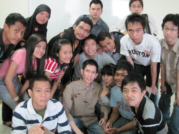 Anak-anak Kelas BNLC (Bina Nusantara Language Center)